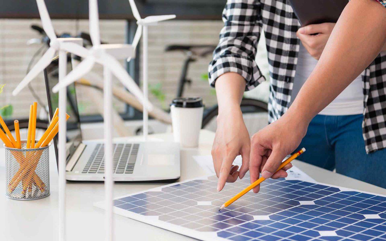 https://lasvegas-solarpanels.com/wp-content/uploads/2018/09/post_05-1280x800.jpg