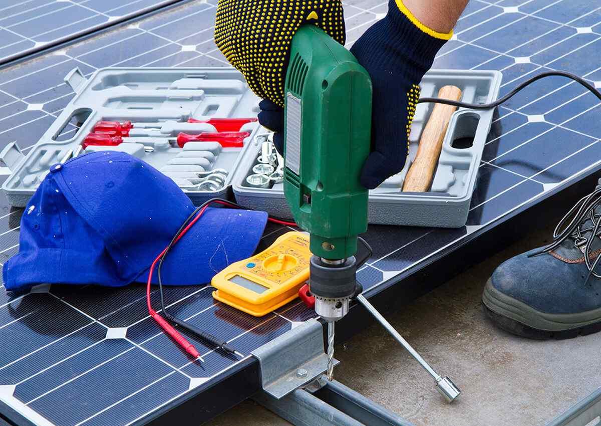 https://lasvegas-solarpanels.com/wp-content/uploads/2018/10/inner_professionals_01.jpg