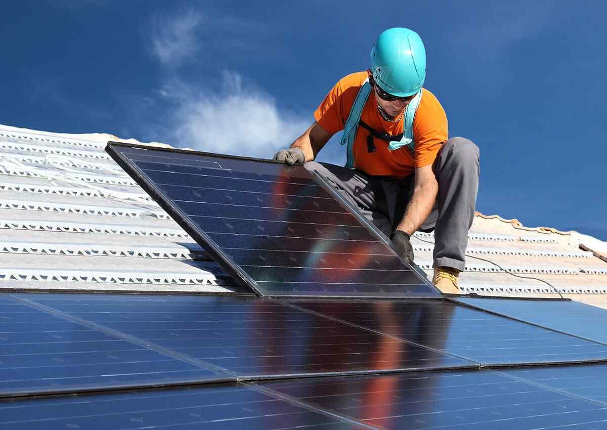 https://lasvegas-solarpanels.com/wp-content/uploads/2018/10/inner_professionals_04.jpg