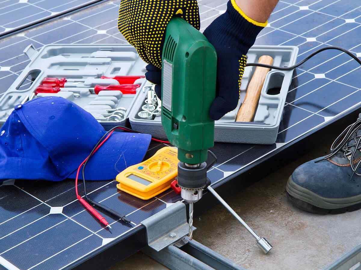 https://lasvegas-solarpanels.com/wp-content/uploads/2018/10/inner_service_03.jpg